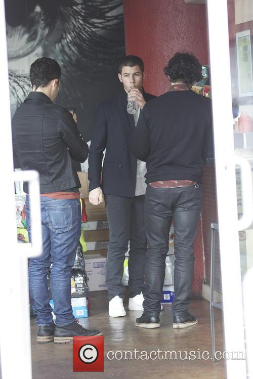Nick Jonas, Kevin Jonas and Joe Jonas 19