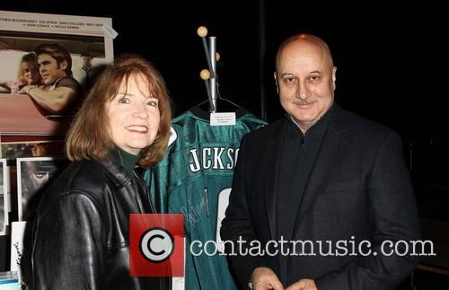 Sag Awards Producer Kathy Connell Actor and Anupam Kher 2