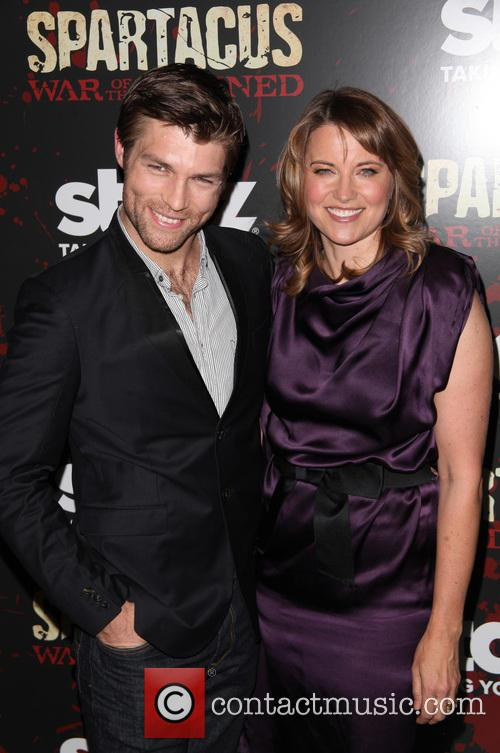 Liam Mcintyre and Lucy Lawless 3