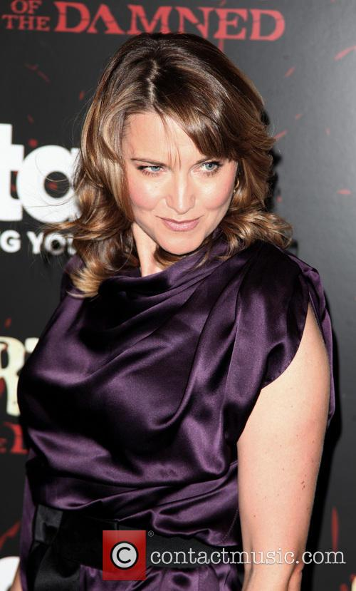 Lucy Lawless 6