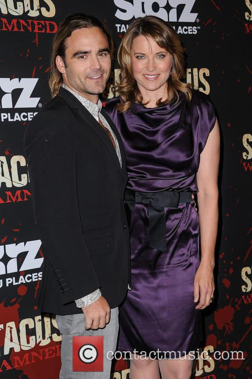 Dustin Clare, Lucy Lawless