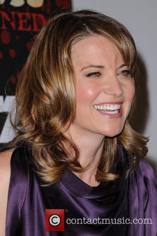 Lucy Lawless 14