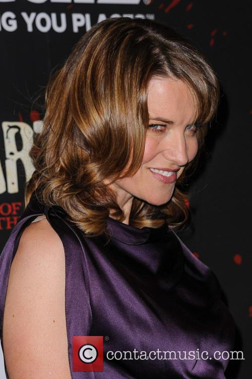 Lucy Lawless 18
