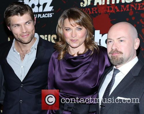 Liam Mcintyre and Lucy Lawless 6