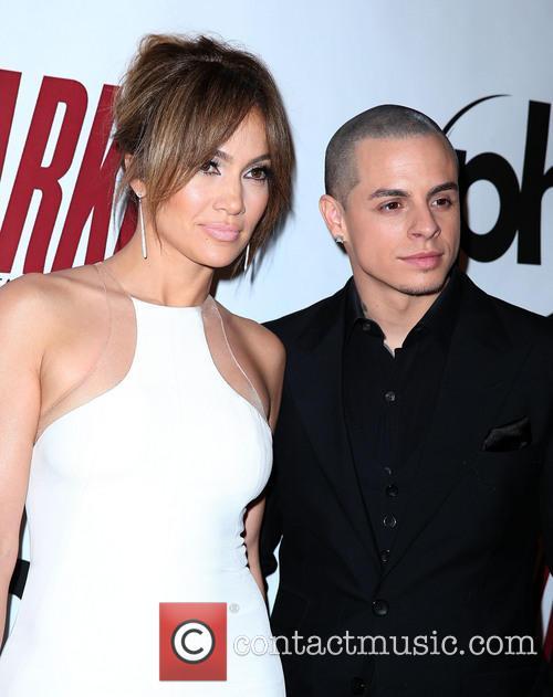 Jennifer Lopez and Casper Smart 1