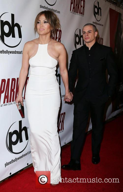Jennifer Lopez and Casper Smart 5