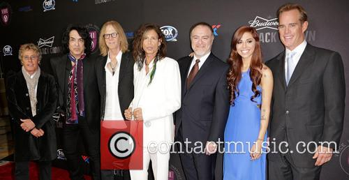 (l-r) Roger Daltrey, Paul Stanley, Tom Hamilton, Steven Tyler, Dr. Steven Zeitels, Christina Perri and Joe Buck 2