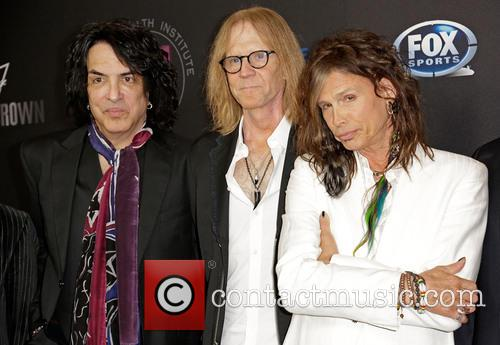 Paul Stanley, Tom Hamilton and Steven Tyler 3