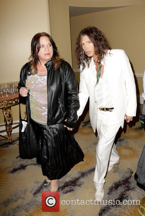 steven tyler guest 'raise your voice' benefit at beverly 3467516