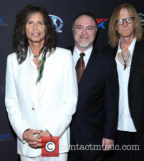 Steven Tyler, Steven Zeitels and Tom Hamilton 7