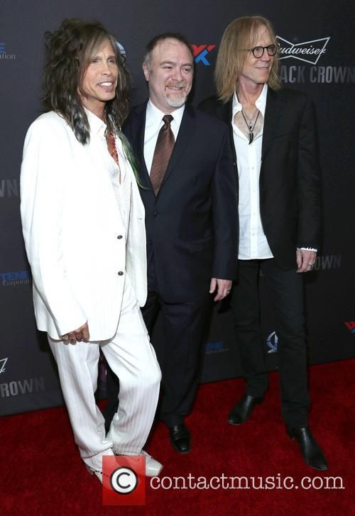 Steven Tyler, Steven Zeitels and Tom Hamilton 8