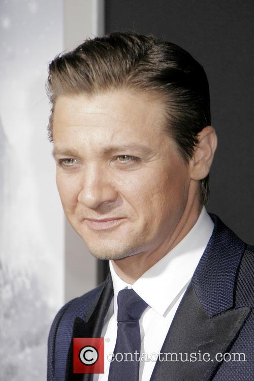 jeremy renner 'hansel and gretel witch hunters' premiere 3468218
