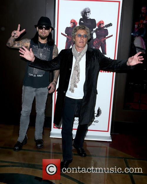 Dave Navarro and Roger Daltrey 5