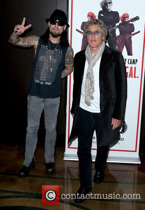 Dave Navarro and Roger Daltrey 9