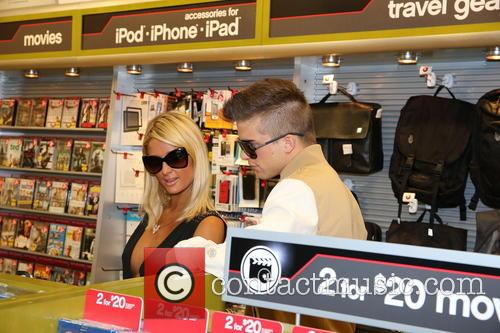 Paris Hilton and River Viiperi 37