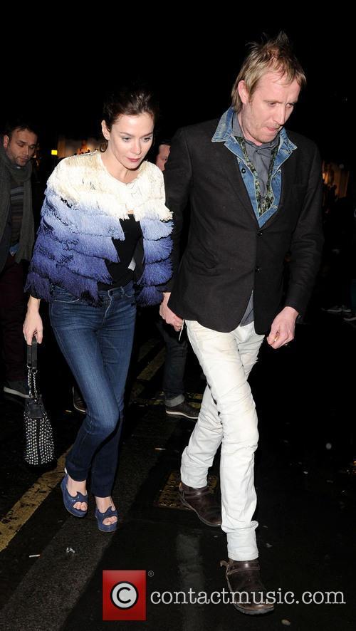Anna Friel and Rhys Ifans 5