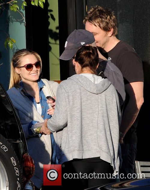 Pregnant Kristen Bell and Dax Shepard 11