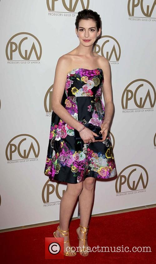 anne hathaway producers guild awards 3469555