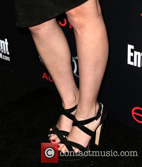 Lizzy Caplan (shoe detail) 1