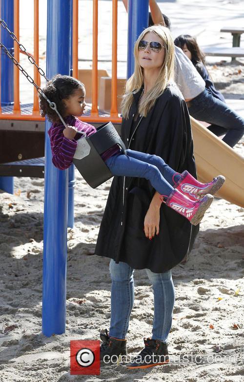 Heidi Klum and daughter Lou 9