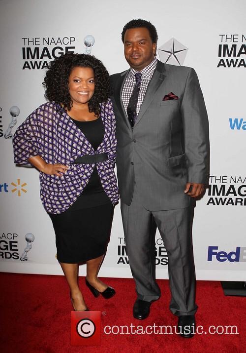 Yvette Nicole Brown and Craig Robinson 8