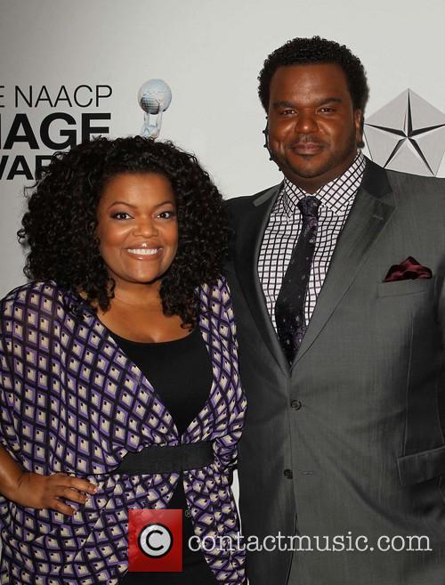 Yvette Nicole Brown and Craig Robinson 9