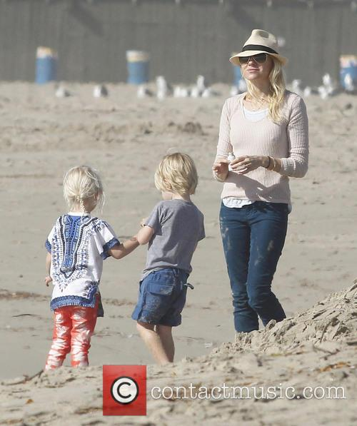 Naomi Watts and Samuel 6