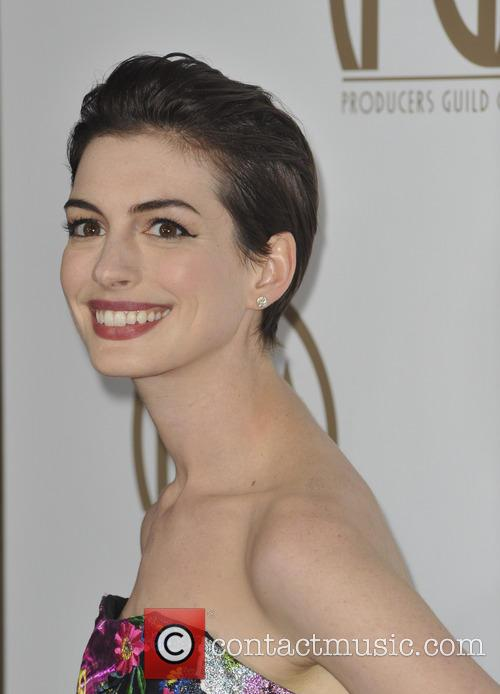 anne hathaway producers guild awards 3470248