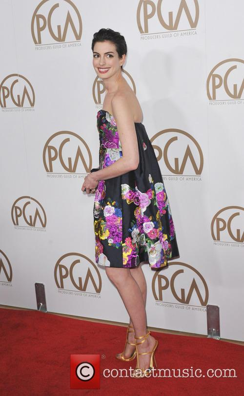 anne hathaway producers guild awards 3470259
