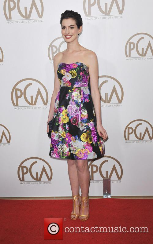 anne hathaway producers guild awards 3470264