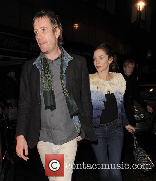 Anna Friel and Rhys Ifans 2