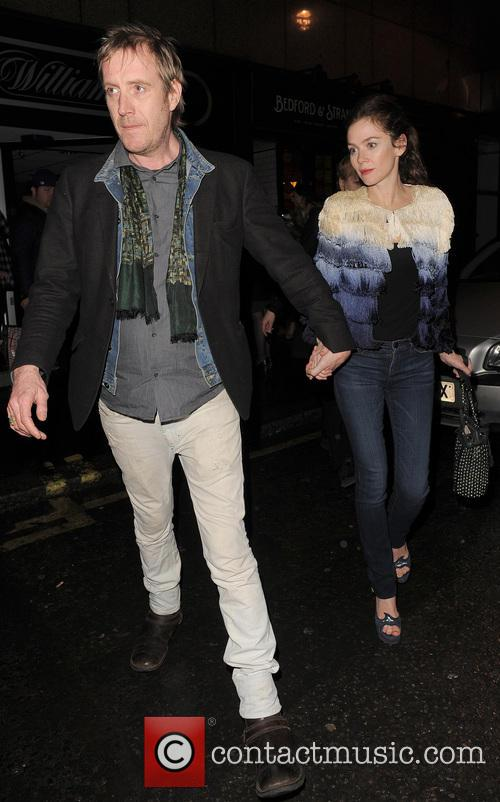 Anna Friel and Rhys Ifans 4