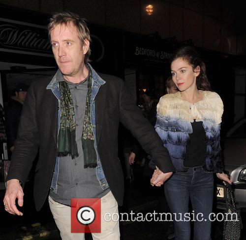 Anna Friel and Rhys Ifans 6