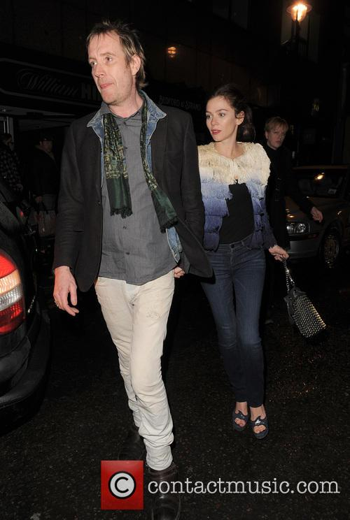 Anna Friel and Rhys Ifans 7