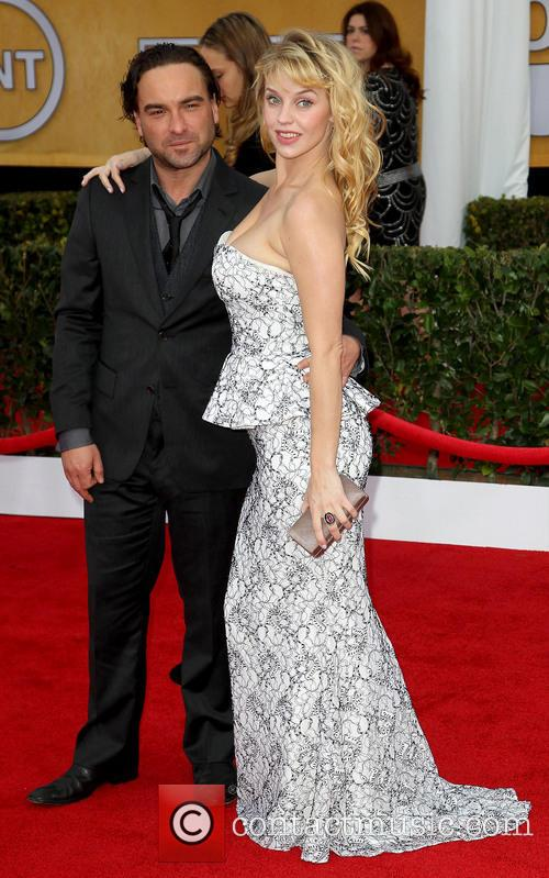 Johnny Galecki and Kelli Garner 1