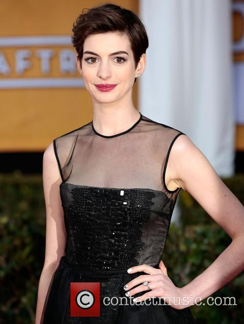 anne hathaway screen actors guild awards 3471030