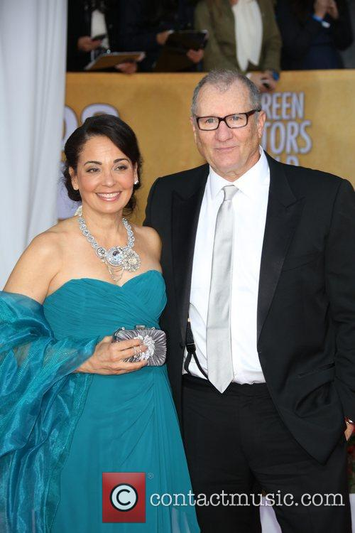 Ed O'neill and Catherine Rusoff 8