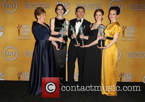 Phyllis Logan, Michelle Dockery, Allen Leech, Amy Nuttall and Sophie Mcshera 2