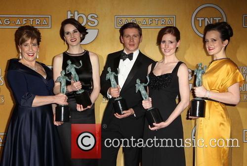 Phyllis Logan, Michelle Dockery, Allen Leech, Amy Nuttall and Sophie Mcshera 4