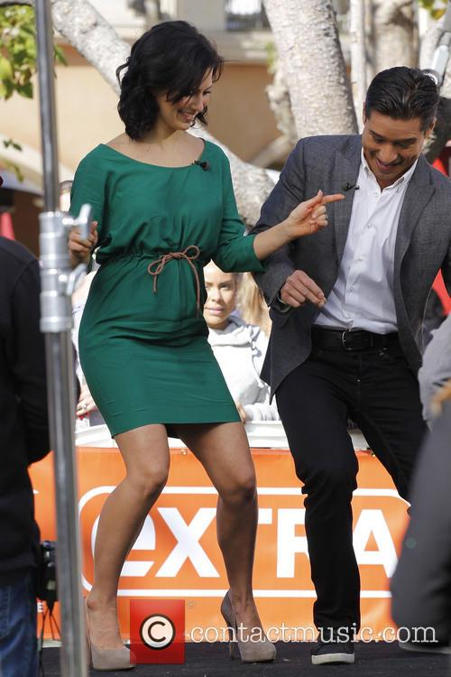 Hilaria Baldwin and Mario Lopez 4