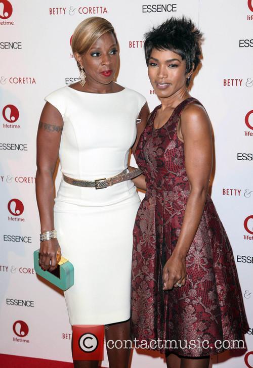 Mary J Blige and Angela Bassett 2