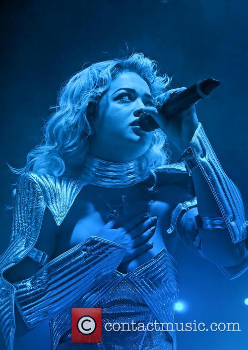 Rita Ora 45