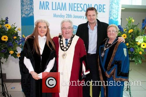 Liam Neeson, Mayor Alderman and P.j Mcavoy 3