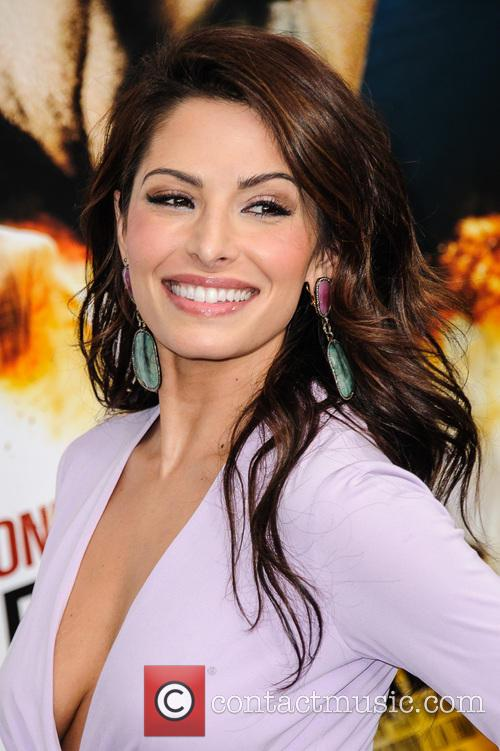 sarah shahi new york premiere of 'bullet to 3475003