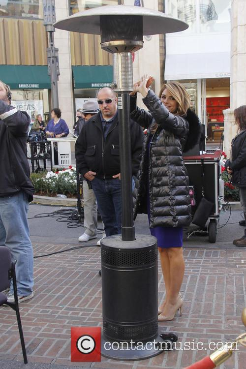 maria menounos celebrities at the grove to appear 3474417