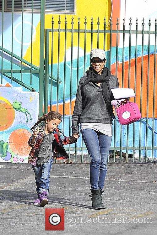 Halle Berry and Nahla Aubry 4