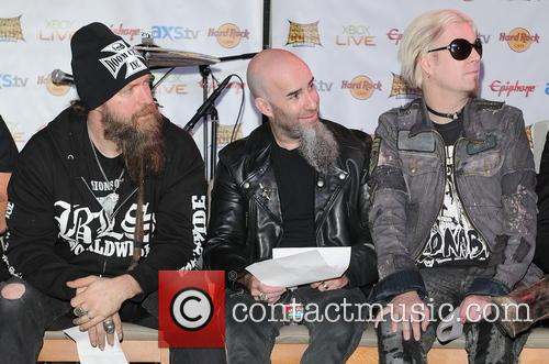 Zakk Wylde, Scott Ian and John 5 4