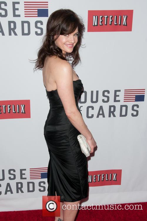 Carla Gugino 5