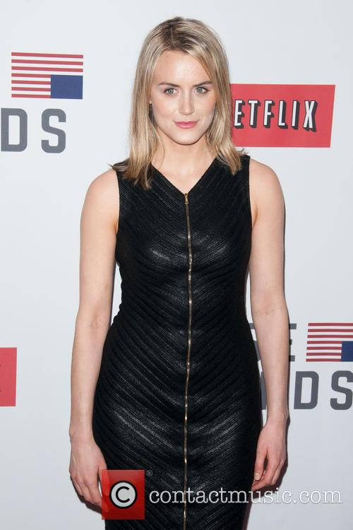 Taylor Schilling 4