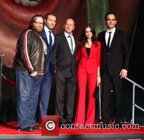 (l-r) John Moore, Jai Courtney, Bruce Willis, Yuliya Snigir and Radivoje Bukvic 1